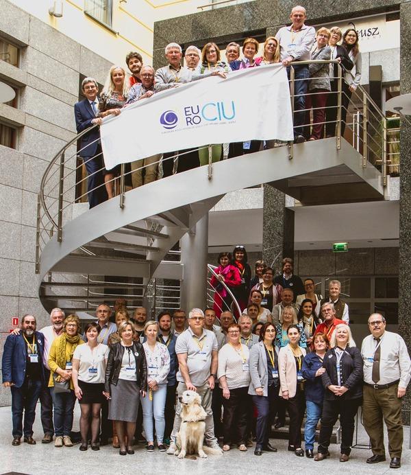 Verzamelde deelnemers van het EURO-CIU symposium 2019